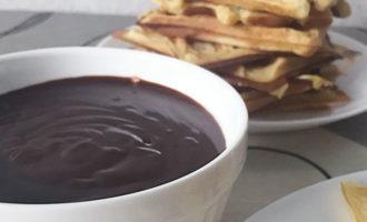 Шоколадный соус с шоколадом и какао