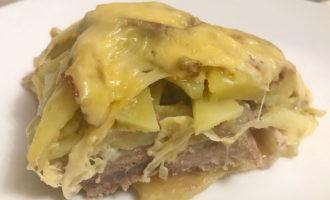 Мясо по-французски с говядиной и картошкой