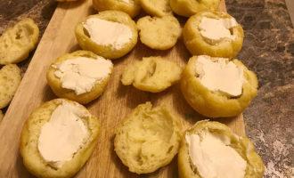 Профитроли с творожным сыром