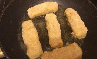 Рыбные котлеты на сковороде