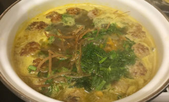 Суп-лапша с фрикадельками