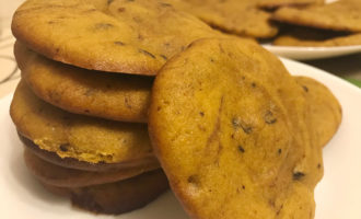 Тыквенные печенья с шоколадом